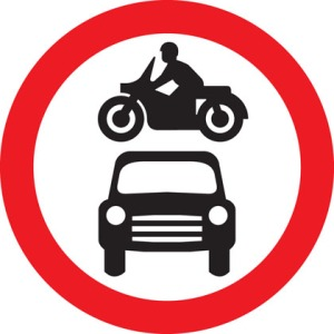 sign-giving-order-no-motor-vehicles
